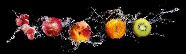 Скинали фрукты в воде каталог изображений